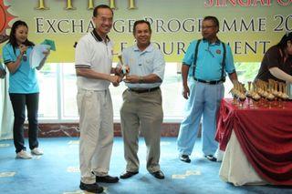 Prize Presentation_golf