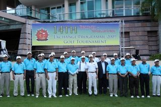 Grp Photo before golf game