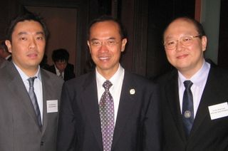 Minister with Singaporean Businessmen