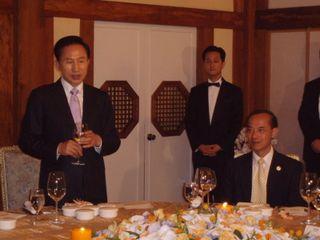 President Lee Proposing Toast