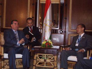Minister calling on Tajik President Emomali Rahmon