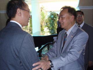 Thai FM Kasit greeting Minister