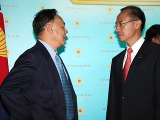 Minister with Thai FM Kasit