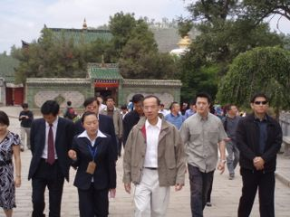 Minister in main thoroughway of the Monastery