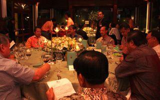 Min-at-Dinner4