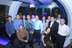 On_singapore_flyer_with_thai_fm